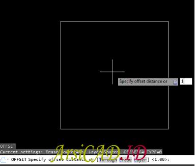 Langkah 2 Menduplikasi Objek Secara Paralel Atau Sejajar Di AutoCAD